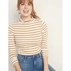 [Old Navy] NWT Slim-Fit Striped Turtleneck